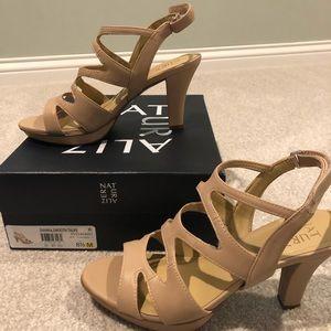 NWB Naturalizer Dianna Taupe Heels